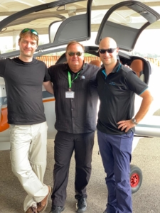 Left to right: Sašo Knez, test pilot; Attie Niemann 43 Air School CEO; Denis Rutar, Pipistrel production pilot