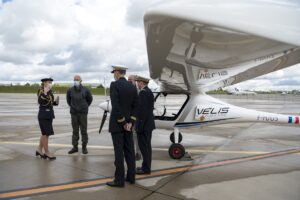 The Chief of French Air Force flies Velis Electro